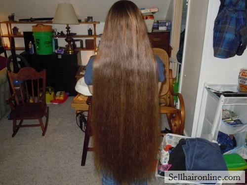 Selling Luxurious Chestnut Hair with Red Tones