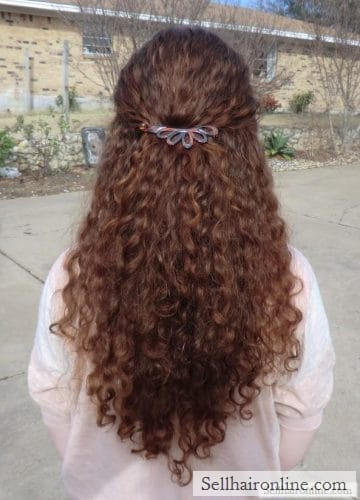 Back view outdoors (sell human hair)